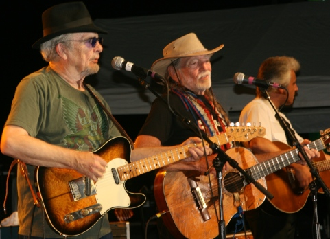 Merle Haggard and Willie Nelson thrill 20,000 at Carolina Crossroads ampitheatre